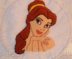 Cenicienta en bordado chino / Cinderella with punchneedle - Igolochkoy needle https://www.facebook.com/photo.php?fbid=261903783845882=a.248148038554790.54198.163337617035833=3=1