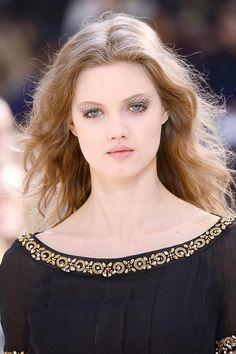 Chanel Fall 2016 Beauty