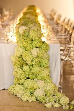 insane hydrangeas table runner for June wedding, candle wedding decor idea www.dreamyweddingideas.com