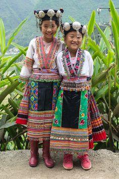 Village BAI JIA PO - Red Miao (by Rita Willaert)