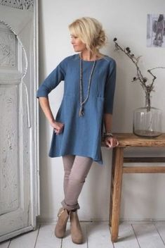 Tunic Dress With Leggings, Linen Tunic Dress, Linen Dresses, Jeans Dress, Mode Outfits, Fashion Outfits, Womens Fashion, Jeans Fashion, Gothic Fashion