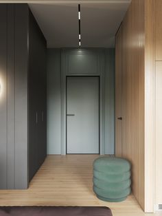 Interior Design Using Moody Colours And Natural Materials Flur Design, Futuristisches Design, Hall Design, Design Blogs, House Design, Design Basics, Design Ideas, Modern Interior Design, Interior Design Inspiration