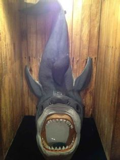 I bet you haven't seen urinals this weird! Check out our top list of the weirdest urinals ever. Cool Toilets, Need To Pee, Toilette Design, Foto 3d, Modern Home Furniture, Pirate Skull, Bathroom Humor, Bathroom Stuff, Art Plastique