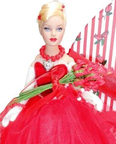 """Tonner Tiny Kitty Collier 10"""" Fashion Doll Red Valentine Roses Jewelry Stand Box - 10"""" Tiny Kitty Collection"""