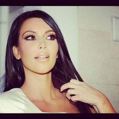 Kim Kardashian modellering naken