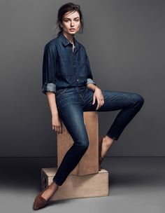 I love dark denim and colors in its tones for Fall, not only as my outfit choices but also at home. Here, Andreea Diaconu for Frame