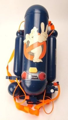 Ghostbusters positively charged slime sprayer and cylinder backpack. Retro Toys, Vintage Toys, The Real Ghostbusters, Ghostbusters Poster, Mad Max Book, Kenner Toys, Modern Toys, Ghost Busters, Transformers Art