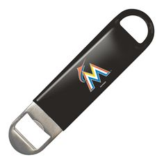 Open a bottle of team pride with this 7 inch vinyl-covered metal opener. Made by Boelter Brands. Made By Boelter Brands Chicago White Sox, Boston Red Sox, Nhl Boston Bruins, Chicago Blackhawks, Chicago Bulls, Nhl Pittsburgh Penguins, Nfl Oakland Raiders, Los Angeles Kings, Iowa Hawkeyes
