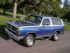 1989 Dodge Ramcharger Version of a Bronco- Blazer
