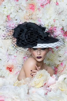 OC 142 | Philip Treacy London