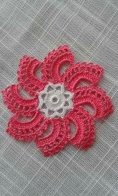 HodgePodge Crochet Presents How To Crochet Eyes For Your Amigurumi - Crochet Hairband Poncho Crochet, Stitch Crochet, Crochet Eyes, Crochet Lace Edging, Crochet Flower Patterns, Crochet Home, Filet Crochet, Irish Crochet, Crochet Designs