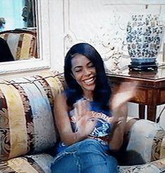 Aaliyah Haughton — aaliyahsources: Aaliyah interview on French. Rip Aaliyah, Aaliyah Style, My Black Is Beautiful, Beautiful Women, Aaliyah Pictures, Free Black Girls, Aaliyah Haughton, Black Girl Aesthetic, Celebs