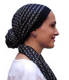 Cómo atar un pañuelo para la cabeza al estilo cinta   eHow en Español