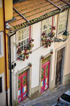 Wednesday In Porto: Patios and Blooms   via Gail at Large 12.03.2014   I went to the city centre this afternoon to capture some local urban life, since all this week the country has been enjoying patio weather and everyone is outside. Photo: Porto in bloom by Gail at Large + Image Legacy, via Flickr