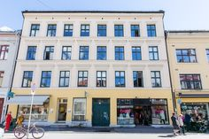 FINN – GRÜNERLØKKA: Gjennomgående 3-roms med balkong. Peis, rosetter og god… Screens, Multi Story Building, Real Estate, Rome, Canvases, Real Estates, Window Screens