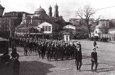 1920 yılında Taksim'e giriş yapan İngiliz işgal kuvvetleri