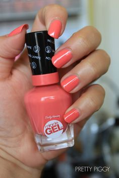 Sally Hansen Miracle Gel Nail Polish 'Pretty Piggy'