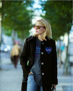 #LauraTønder in @ivycopenhagen Johanna Kick flare jeans #ivycopenhagen #iamivy #beivy #jeans #denim #styling #Copenhagen