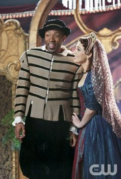 Hart of Dixie -- This Kiss -- Pictured (L-R): Cress Williams as Lavon and Kaitlyn Black as Annabeth -- Photo: Danny Feld/The CW -- 2013 The CW Network, LLC. All rights reserved.