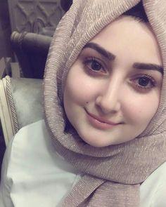 Best fashion hijab h&m ideas Best fashion hijab h&m ideas Beautiful Hijab Girl, Beautiful Muslim Women, Beautiful Girl Image, Arab Girls Hijab, Muslim Girls, Hijabi Girl, Girl Hijab, Arabian Beauty Women, Modele Hijab
