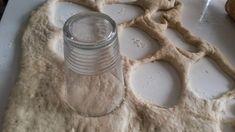 Ranteita myöjen taikinasa: Pehmeät ja suussasulavat munkit myös gluteenittomana Glass Of Milk