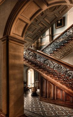 Werribee Mansion by Scott Carr // Australia // Melbourne // Victorian Staircase grand staircase Victorian Interiors, Victorian Architecture, Beautiful Architecture, Victorian Homes, Architecture Details, Interior Architecture, Interior Design, Victorian Buildings, Mansion Homes