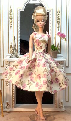7 posts published by hwesterv during March 2019 Beautiful Dolls, Beautiful Outfits, Pretty Dolls, Beautiful Clothes, Moda Barbie, Girls Getaway, Vintage Barbie Dolls, Barbie Collection, Barbie World