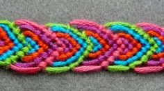 ► Friendship Bracelet Tutorial 14 - Beginner - Alternating Leaves Pattern, via YouTube.