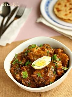 I like to expeiment different styles of chicken curryas I get bored of eating same kind of Chicken curry after few times.On the otherha...