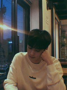 My baby ♥️ Pink Things pink color kitchen design Suho, Fake Instagram, Kim Myungsoo, Cha Eunwoo Astro, Handsome Korean Actors, Kim Dong, Seo Joon, Kdrama Actors, Lee Jong
