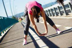 Como melhorar sua performance nas atividades físicas? Aprenda a alongar seu quadril como um profissional e melhore sua performance no treinos! Alongue bem!