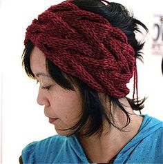 Very different knitted headband - FREE PATTERN!