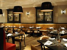 The Marriott Leeds Hotel commissioned designLSM's interior design team to create a new bar and restaurant that would appeal to a diverse local audience. Restaurant Lighting, Restaurant Concept, Cafe Restaurant, Restaurant Design, Restaurant Ideas, Leeds City, Whisky Bar, Bar Design Awards, Arquitetura