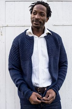 Rå og lækker trøje til ham. Trøjen skiller sig ud fra andre trøjer m. Knitting Patterns Free, Hand Knitting, Free Pattern, Cardigans, Sweaters, Knit Cardigan, Knit Crochet, Men Sweater, Suit Jacket