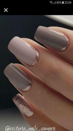 Gold Manicure, Rose Gold Nails, Manicure E Pedicure, Grey Gel Nails, French Pedicure, Pedicure Ideas, Accent Nails, Elegant Nail Designs, Elegant Nails