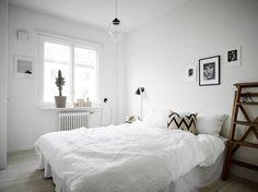 Small home in white - via cocolapinedesiign.com