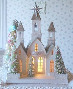 so pretty ♥ LIGHTED Shabby Christmas Cathedral - Vintage Style with Bottle Brush Trees Noel Christmas, Pink Christmas, All Things Christmas, Vintage Christmas, Christmas Crafts, Christmas Decorations, Christmas Ornaments, Christmas Mantles, Victorian Christmas