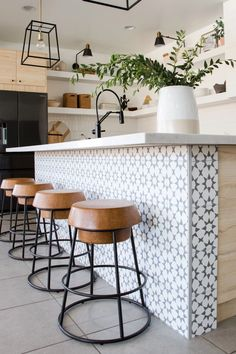 kitchen island decor fez is our go-to moroccan cement tile pattern- crisp and simple without being plain- this moroccan pattern has been around for the ages and still continues to Cottage Kitchen Tiles, Kitchen Island Decor, Diy Kitchen, White Tile Kitchen, Moroccan Tiles Kitchen, Moroccan Tile Backsplash, Kitchen Tiles Design, Wallpaper Kitchen Island, Modern Kitchen Tiles