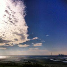 Cindy Nauta @cinn3pin | Websta (Webstagram) #genieten van het mooie uitzicht op het terras van #dewalvis op #terschelling #westterschelling #zon #waddenzee #doeksen #rederijdoeksen #wolken #clouds #nederland #friesland #zee #instagood