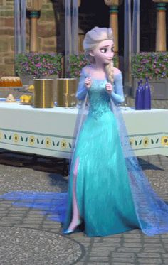 Frozen Fever! Aww Elsa wants every thing to be perfect for her sister!