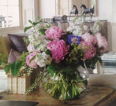 Lovely idea for displaying flowers