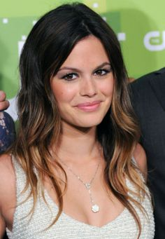 The CW Stars at the 2011 Upfront: Red Carpet Photos | Hart of Dixie Star Rachel Bilson