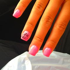 hot pink with tribal accent nail Us Nails, Swag Nails, Hair And Nails, Disney World Nails, Accent Nails, Nail File, Mani Pedi, How To Do Nails, Beauty And The Beast