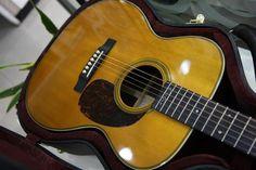 Martin 000-28EC Eric Clapton Signature Acoustic Guitar | 37jt Slow Hands, Acoustic Guitars, Eric Clapton, Bass, Exotic, Music Instruments, Universe, Classic, Derby