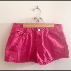 🌟FLASH SALE🌟 SO Hot Pink Shorts Juniors size 3 So cute for summer! Gently used but no signs of wear! SO Brand hot pink shorts. Juniors size 3 100% cotton. MEASUREMENTS Laying Flat: Waist 14.5 inches Inseam 2.5 inches. SO Shorts Jean Shorts