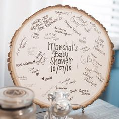 Super sweet baby shower guest book idea using a rustic wooden circle. Super sweet baby shower guest book idea using a rustic wooden circle. The post Super sweet baby shower guest book idea using a rustic wooden circle. Deco Baby Shower, Baby Shower Backdrop, Boy Baby Shower Themes, Baby Shower Balloons, Baby Boy Shower, Baby Shower Guestbook, Baby Shower Favours, Baby Shower Souvenirs, Baby Favors