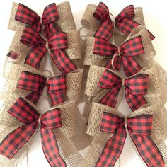 christmas tree rustic Christmas Tree Red and Black Plaid Bows / Xmas Plaid Decorative Bows / Set of 8 Bows / Vintage - Rustic - Buffalo Plaid Collection of Bows Black Christmas, Burlap Christmas Tree, Christmas Bows, Bows On Christmas Tree, Nordic Christmas, Prim Christmas, Christmas Ideas, Christmas Background, Christmas Pictures