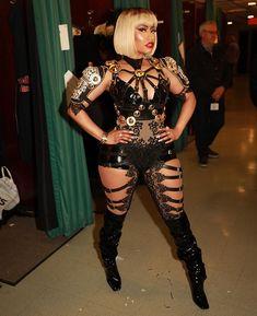 Nicki Minaj Outfits, Nicki Minaj Barbie, Nicki Minaj Pictures, Miley Cyrus, Beyonce, Rihanna, Eyebrows, Eyeliner, Black Barbie