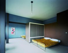 le corbusier / interior of the maison jumelée (at weissenhof). photo flc/adagp. love the colours!