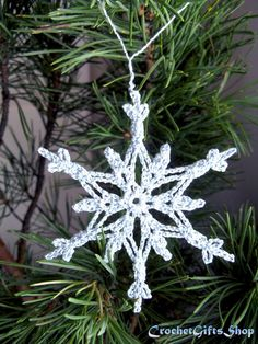 Crochet Snowflakes, Snowflake Pattern, Snowflake Ornaments, Christmas Snowflakes, Christmas Gift Decorations, Holiday Decor, Office Decorations, Christmas Gifts, Christmas Tree